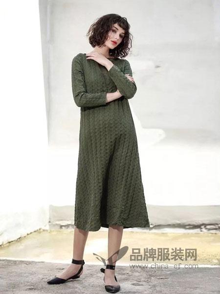 艾达禾女装2018秋冬加厚高领羊毛针织连衣裙打底衫