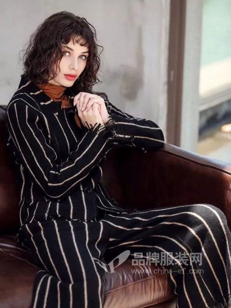 艾达禾女装2018秋冬新款韩版宽松条条衬衣开衫