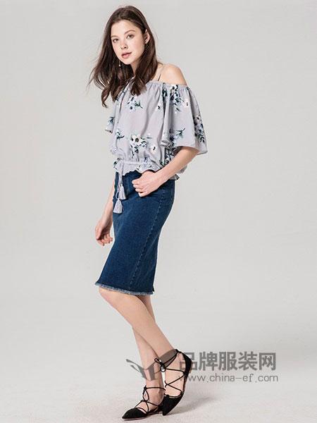 紫淑女装2018春夏印花收腰短袖女一字肩上衣遮肚子雪纺衫