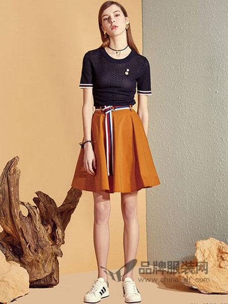 朗斯莉女装2018春夏新款修身显瘦圆领短袖针织衫女套头镂空拼接打底上衣