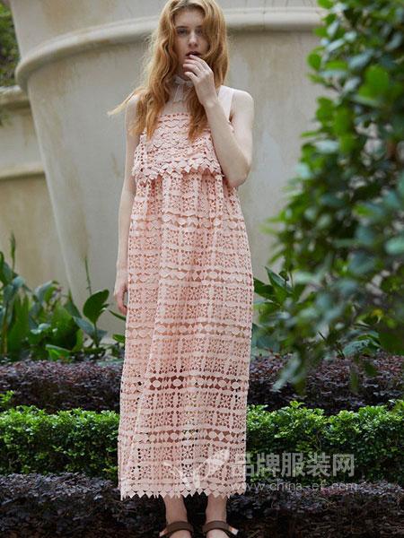 芭依璐女装2018春夏新款礼服式蕾丝裙仙气吊带抹胸式连衣裙