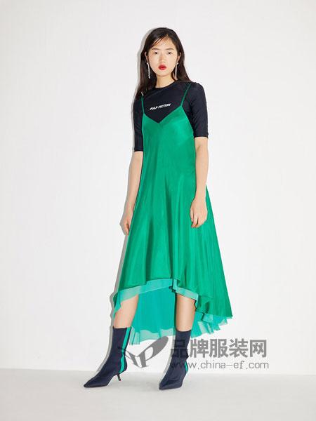 致瑞女装2018春夏宽松长款不规则大裙摆纯色吊带连衣裙