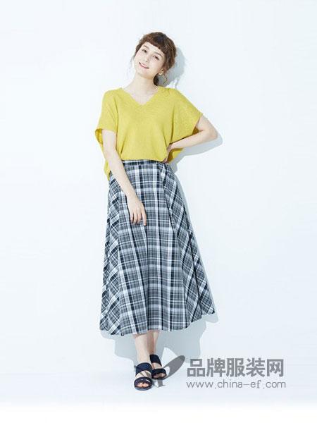 Earth Music&Ecology女装2018春夏新品 学院风格子棉质半身长裙