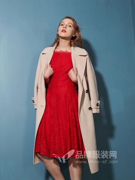埃迪拉女装  给人温暖与自然'优雅而清新的印象'。