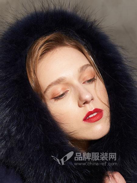 埃迪拉女装2018秋冬新款狐狸毛带帽中长款羽绒服