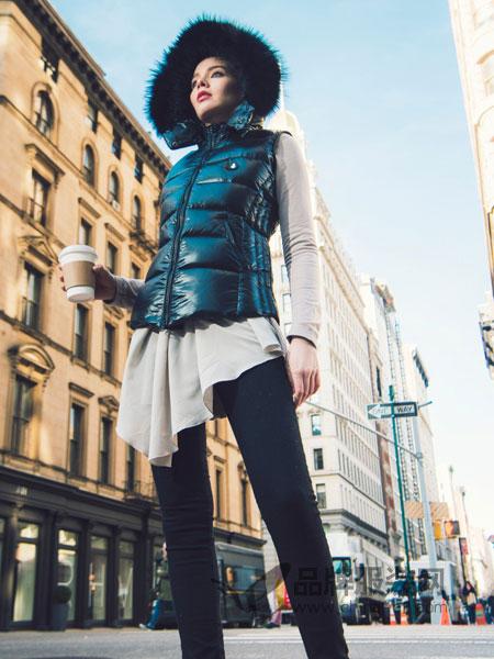 SNOWMAN NEW YORK女装2018秋冬马甲背心夹棉两面穿亮面带帽开胸马夹