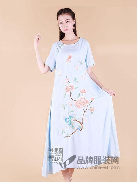 南诏布衣女装2018春夏中国风刺绣大码宽松气质丝绵连衣裙
