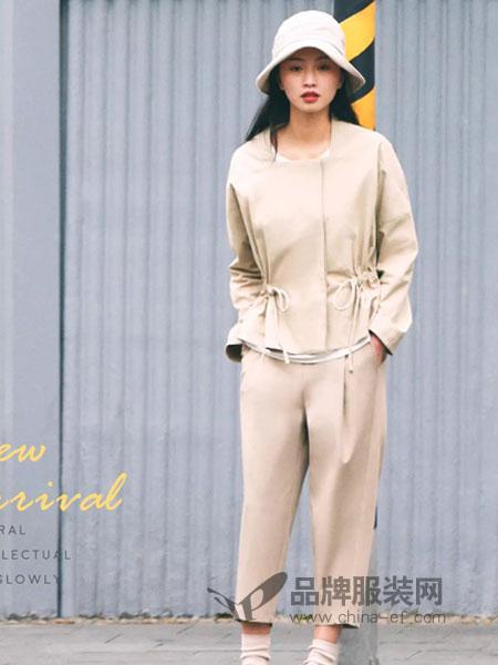 ClothScenery布景女装2018秋季收腰纯色简约通勤七分袖半开领衬衫