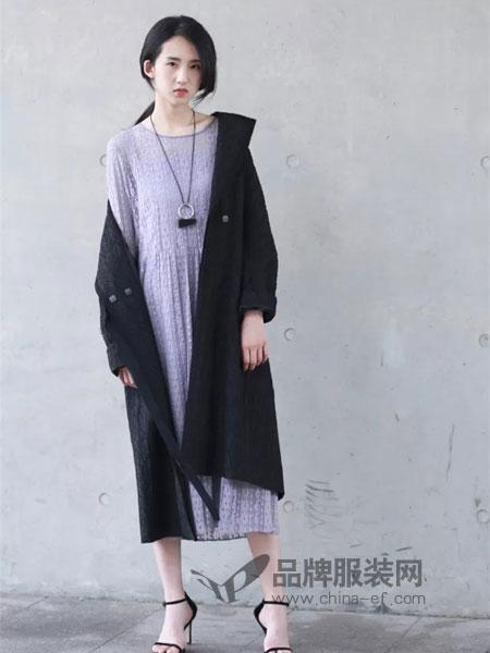 天纳吉尔 TinaGia女装2018秋季花纹开襟长袖羊毛针织开衫女中长款外套