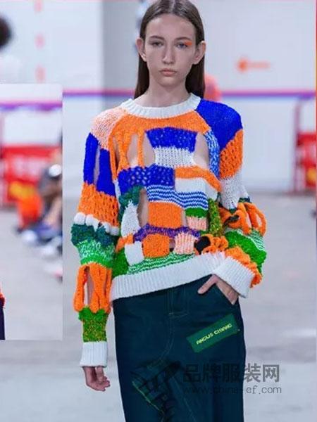 蜂后女装2018秋季纯手工羊毛毛衣彩色动物卡通图案套头毛衣