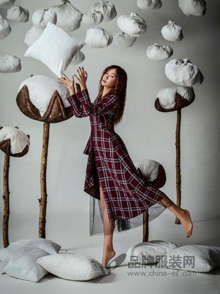 Zimple女装2018秋季新款文艺复古格子通勤西装领连衣裙