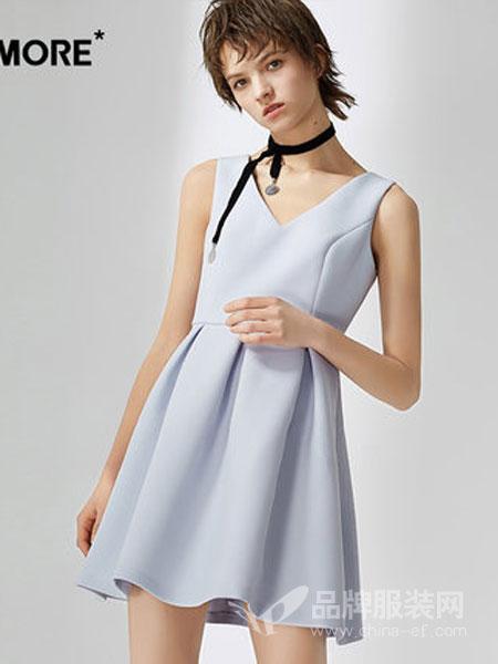 ONE MORE女装2018夏季高腰v领无袖连衣裙女短裙