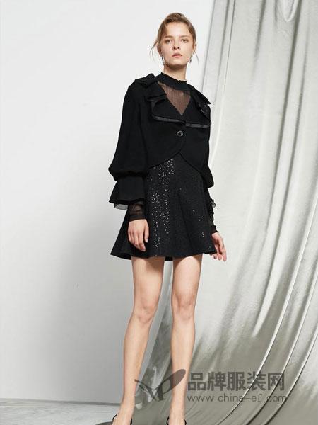 保时霓女装2018秋冬气质修身拼接蕾丝喇叭袖时尚黑色