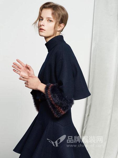 保时霓女装2018秋冬韩版显瘦洋气连衣裙赫本小黑裙