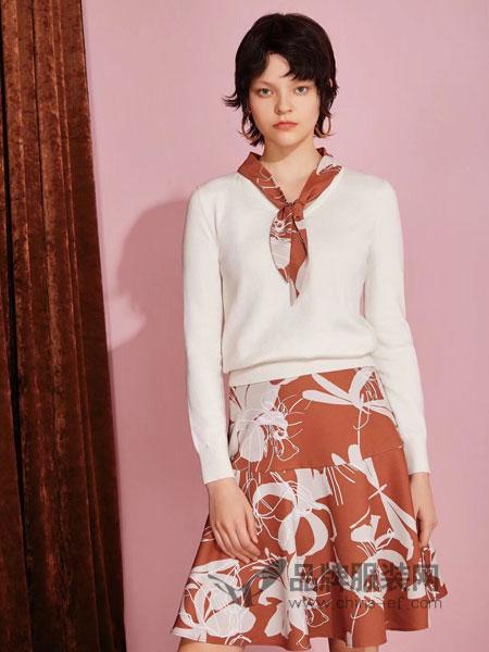 红凯贝尔女装2018秋季半身裙两件套裙装七分袖印花雪纺连衣裙