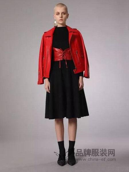 摩安娜mo女装2018秋冬新款时尚印花真皮皮衣女短款修身绵羊皮机车夹克百搭