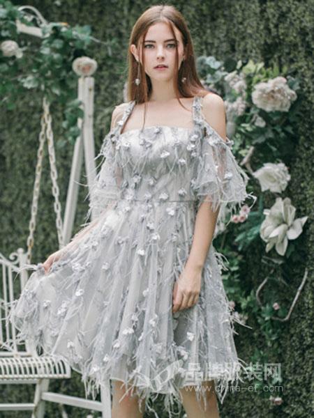 Ruby Fang女装2018春夏浅灰色抹胸收腰吊带连衣裙