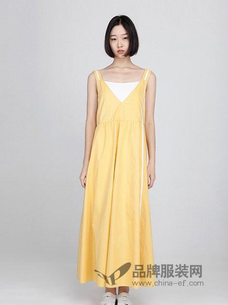 衣魔得思女装2018春夏文艺范吊带衫连衣裙