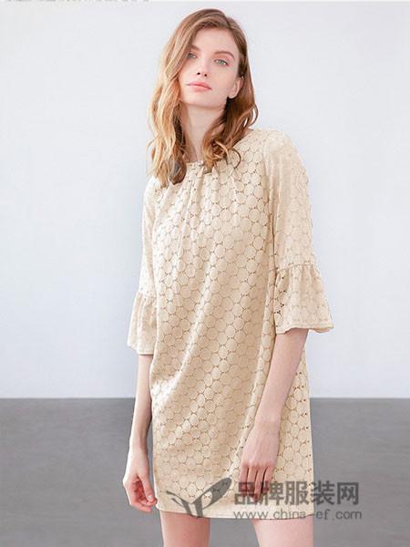 威摩士女装2018夏季时尚修身连衣裙