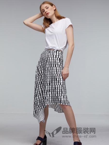 玛革诺施女装2018夏季时尚半身裙