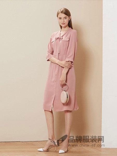 卡迪黛尔女装2018春夏新款时尚粉色雪纺连衣裙女长款修身气质a摆长裙