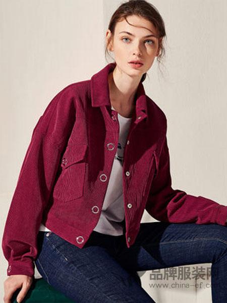 拉夏贝尔女装2018秋季新款休闲长袖宽松夹克复古港味红色灯芯绒外套女