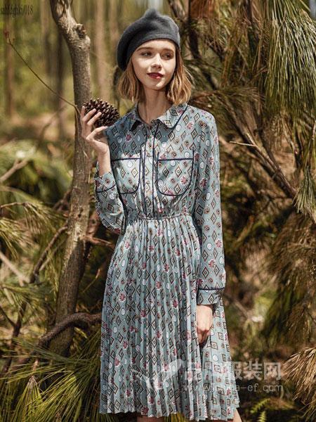YOSUM衣诗漫女装,18―45岁的时尚女性专属