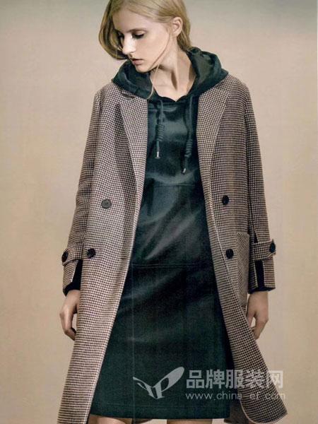 衣佰芬品牌女装女装2018秋冬新款韩版双排扣外套潮