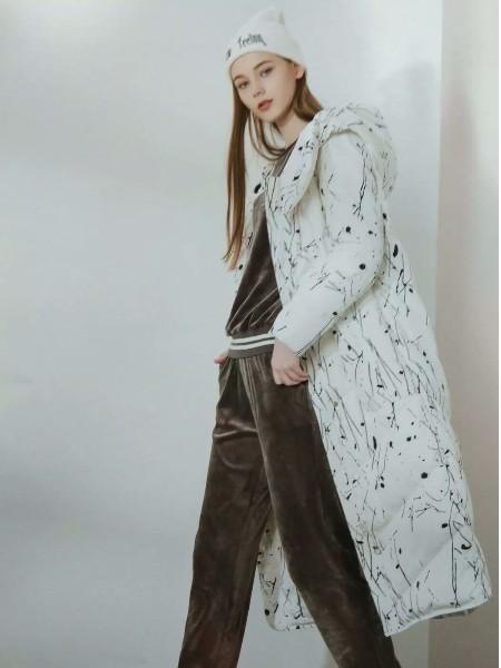 杭州品牌女装折扣店正品专柜货源艾米拉冬装