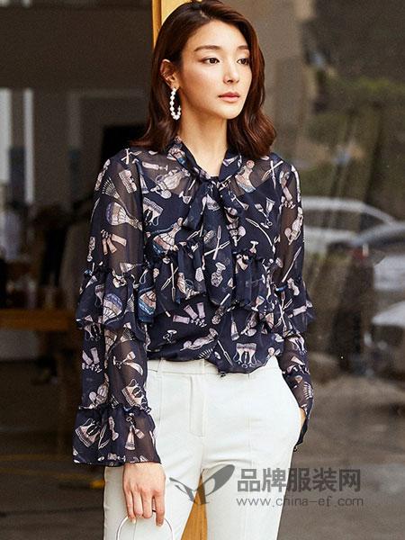 奥蔻女装2018秋季新款韩版宽松时尚印花木耳边拼接长袖蕾丝衫