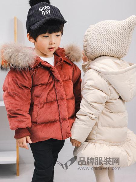 林芊美眉童装2018秋冬儿童圆领套头毛衣棉线针织衫纯白色