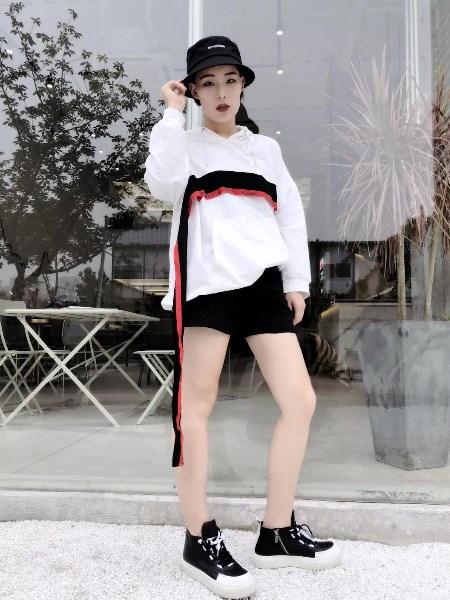 欧E[OEEO]女装2018秋季新品