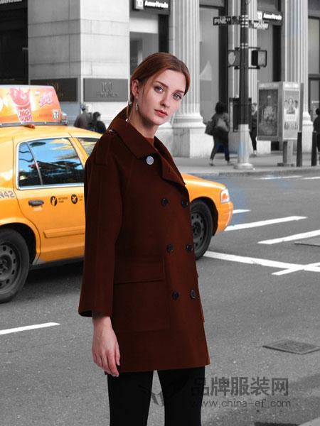 jjcc佳简衬橱女装  创意的设计彰显出女性独特的气质