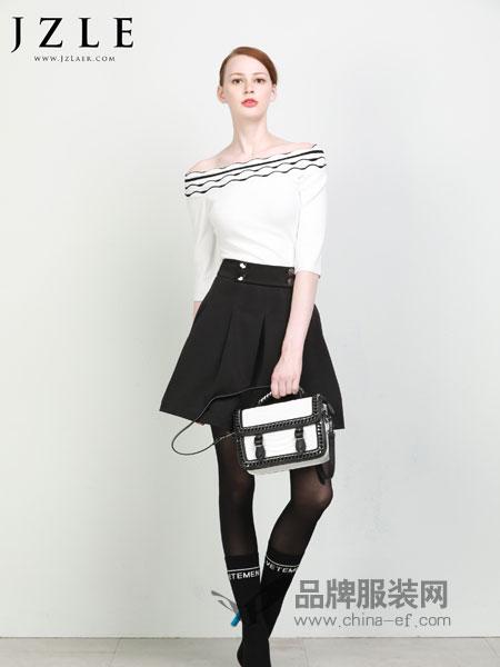 珈姿·莱尔女装2018秋冬露肩韩版黑白拼色修身显瘦减龄一字肩毛衣