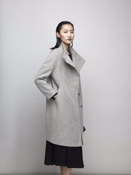 阿莱贝琳女装2018秋冬新品