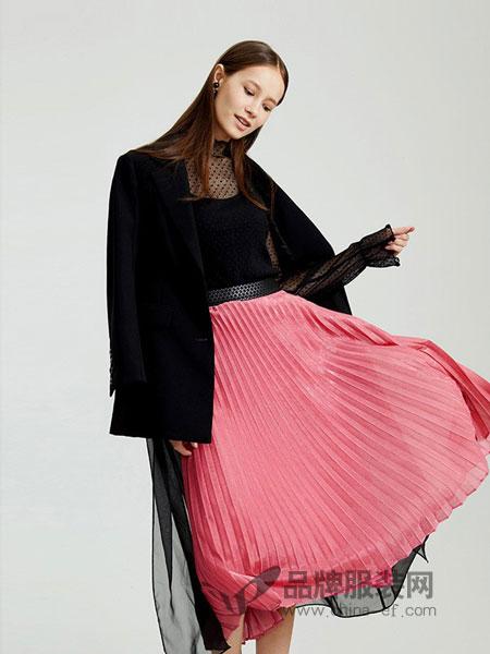 圣可尼女装2018秋冬袖子拼纱短袖圆领T恤上衣