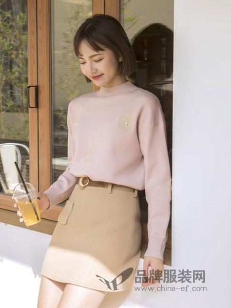 COCOTDZZY女装2018秋冬款韩版百搭纯色长袖打底衫字母刺绣宽松T恤