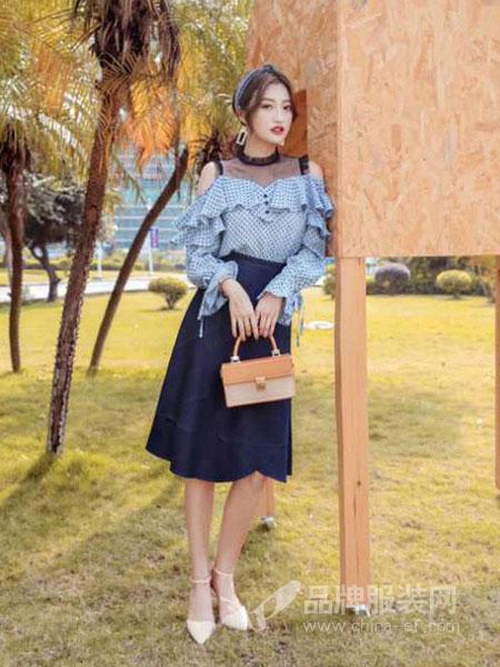 布莉吉奥BLEEGIO女装2018秋冬新款 气质休闲系带收腰格子衬衫上衣A型半裙套装女两件套