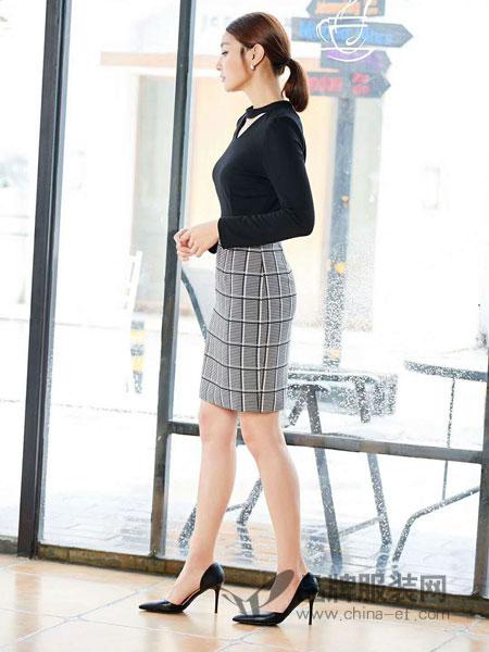 爱为 AIWEI女装2018秋季 3色丝带设计柔软混羊毛V领针织衫