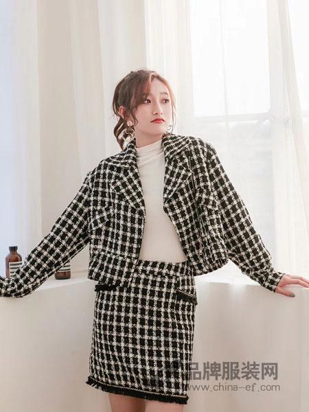 伽戈女装2018秋冬新款韩版洋气上衣配短裙时尚两件套