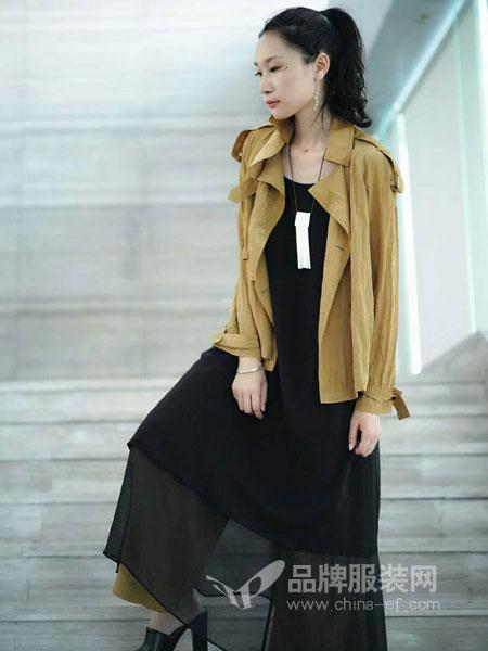 底色女装2018秋季中长款大衣双排扣修身显瘦时尚气质外套