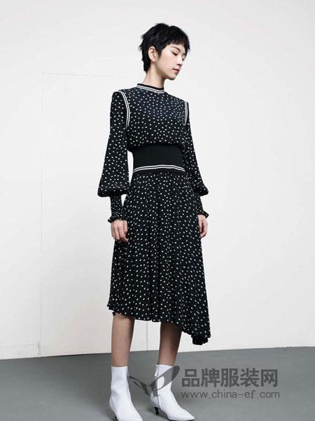 LOFT SHINE女装2018秋冬新品中长款波点连衣裙