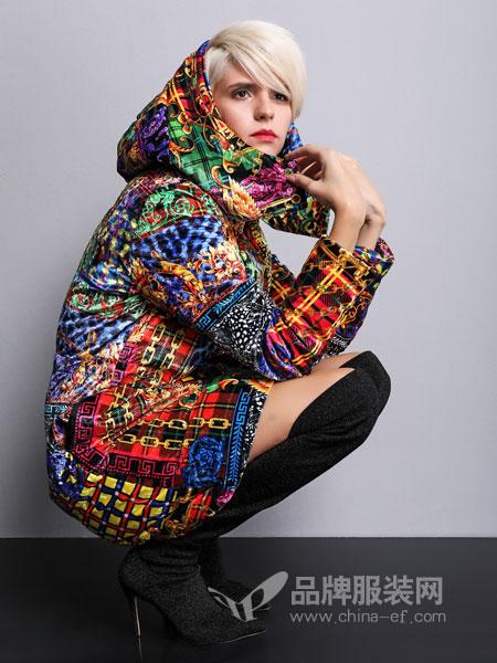 维斯提诺女装2018秋冬短款时尚棉衣外套保暖