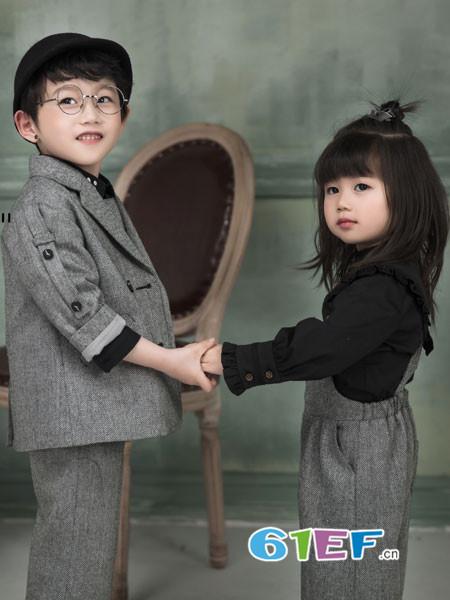 DHAiii东宫皇子童装2018秋冬韩版男童英伦格子大衣长款小西服潮