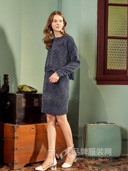 朵以女装2018秋冬新款套头圆领毛衣半身裙两件套纯色毛织套装