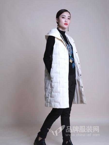 曼茜�女�b2018冬季新款流行格子呢大衣�R甲加厚�杉�套