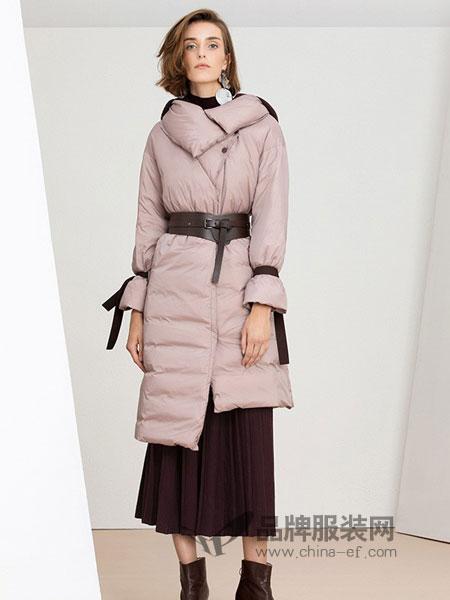 IDPAN女装2018秋冬连帽毛领纯色中长款羽绒服外套大衣