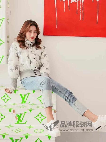 M+女装2018秋冬图案高领扣子拉链棉服外套厚款短装休闲棉服