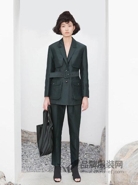 YE.S女装2018秋冬墨绿色大口袋工装风短款外套