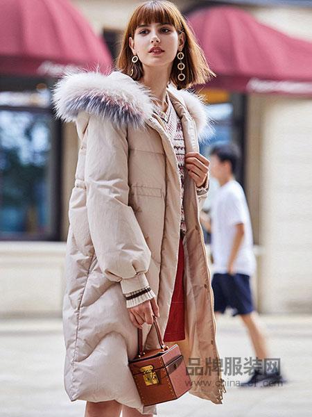 春美多女装2018秋冬新款韩版收腰显瘦粉色羽绒衣外套潮